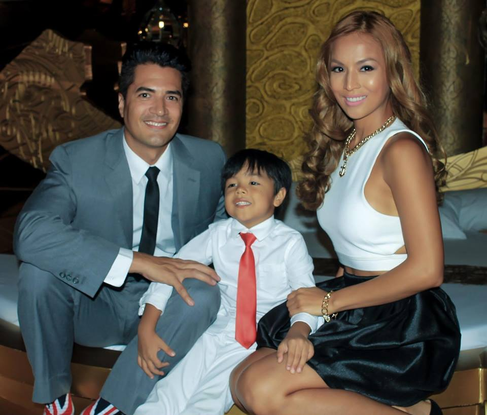 Celebrity Couple Troy Montero, Aubrey Miles and their son Hunter. Photo Credit: Victoria Court