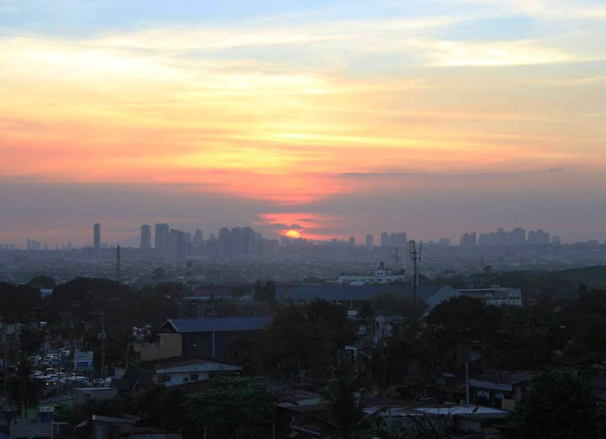 Sunset view at Cafe Lupe facing Metro Manila